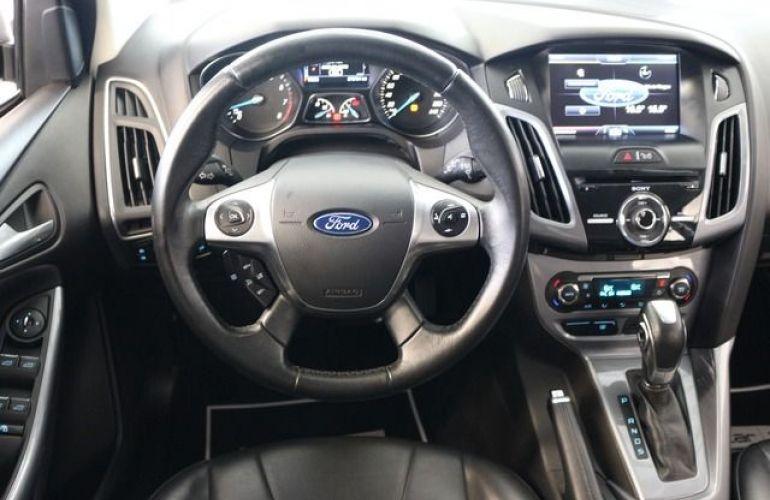 Ford Focus Titanium 2.0 16V Flex - Foto #6