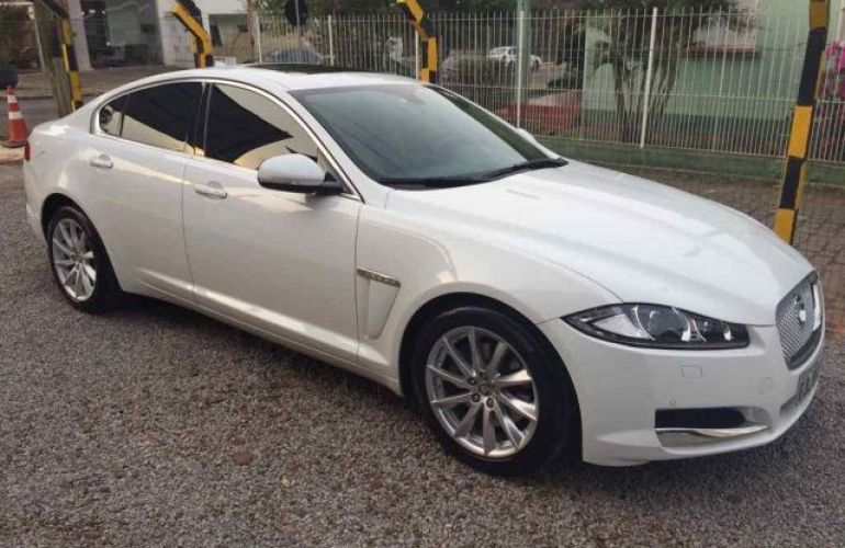 Jaguar XF Premium Luxury 2.0 - Foto #1