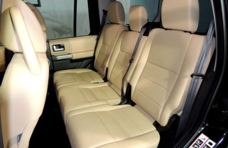 Land Rover Discovery 3 SE 4X4 2.7 Turbo V6 24V - Foto #8