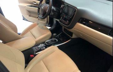 Mitsubishi Outlander GT 4X4 3.0 V6 24V - Foto #7