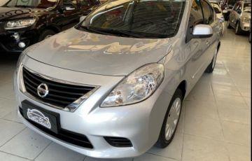 Nissan Versa 1.6 16V SV (Flex)