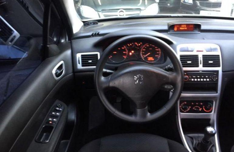 Peugeot 307 Presence 1.6 16V Flex - Foto #6