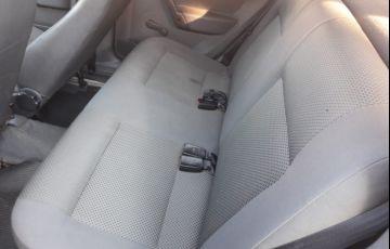 Volkswagen Parati Plus 1.6 MI (Flex) - Foto #9