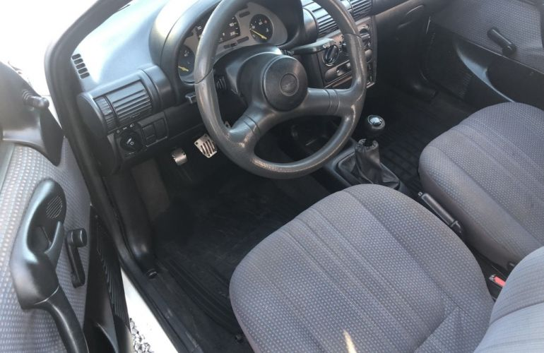 Chevrolet Corsa Sedan Super 1.0 MPFi - Foto #9