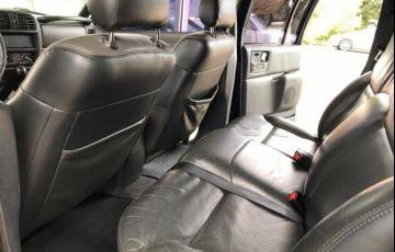 Chevrolet S10 Executive 4x4 2.8 Turbo Electronic (Cab Dupla) - Foto #10