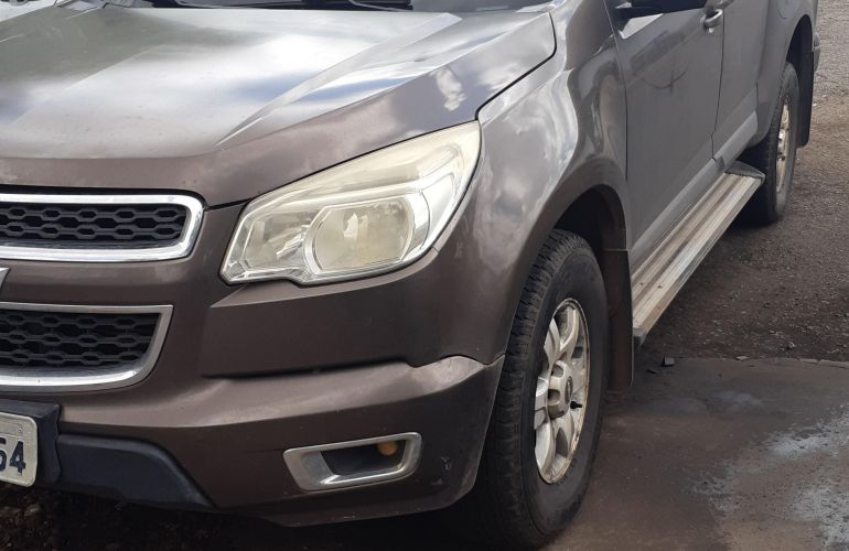 Chevrolet S10 LT 2.8 TD 4x4 (Cab Dupla) (Aut) - Foto #2