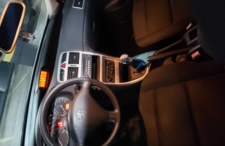 Peugeot 307 Hatch. Presence 1.6 16V (flex) - Foto #8