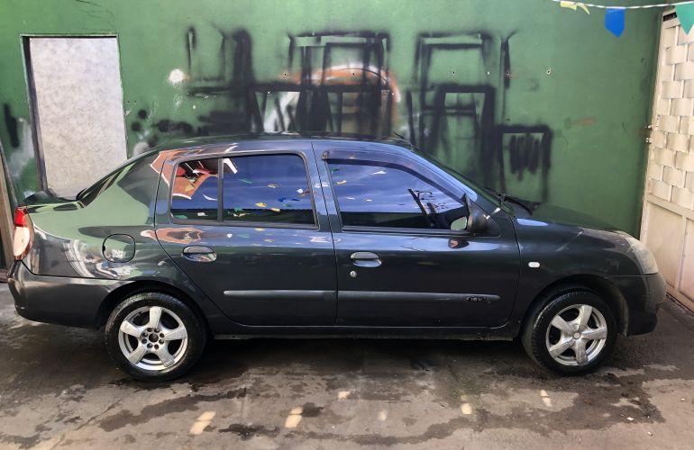 Renault Clio Hatch. Expression 1.0 16V (flex) - Foto #6