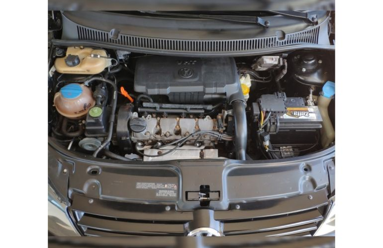Volkswagen Fox 1.0 8V (Flex) - Foto #9