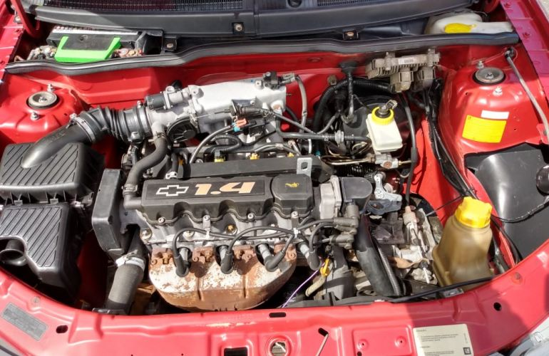 Chevrolet Celta Spirit 1.4 4p - Foto #9