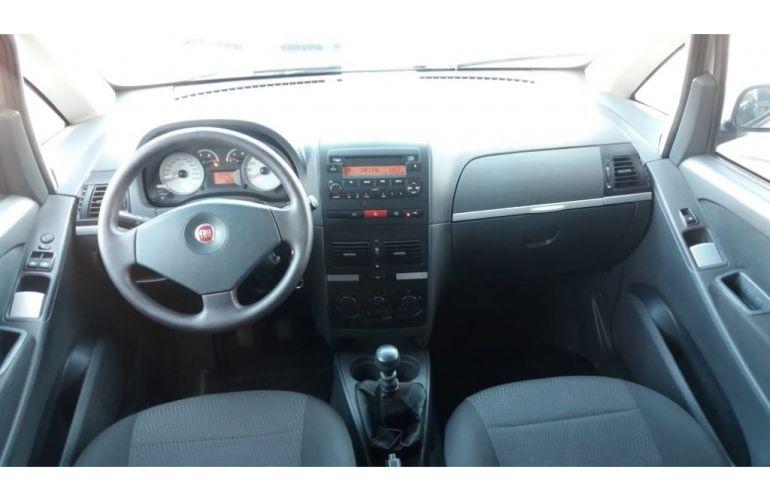 Fiat Idea ELX 1.8 (Flex) - Foto #5