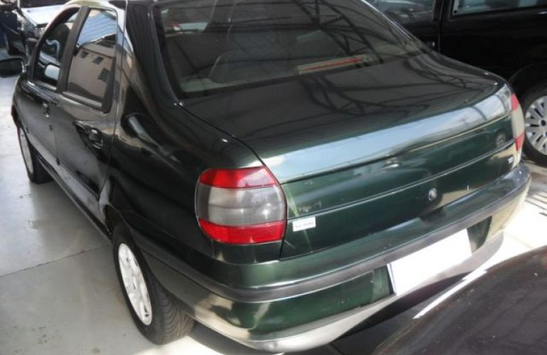 Fiat Siena 6 Marchas 1.0 MPI 8V - Foto #8