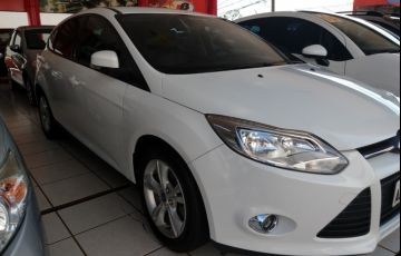 Ford Focus Hatch S 1.6 16V TiVCT PowerShift - Foto #2