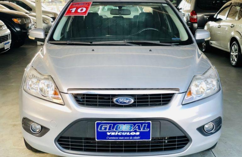 Ford Focus Sedan FC 2.0 16V - Foto #1