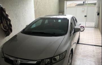 Honda Civic Sedan EXS 1.6 16V