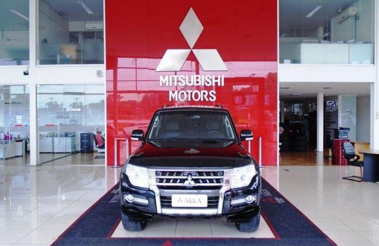 Mitsubishi Pajero Full HPE  DI-D 3D 4WD 3.2 16V - Foto #2