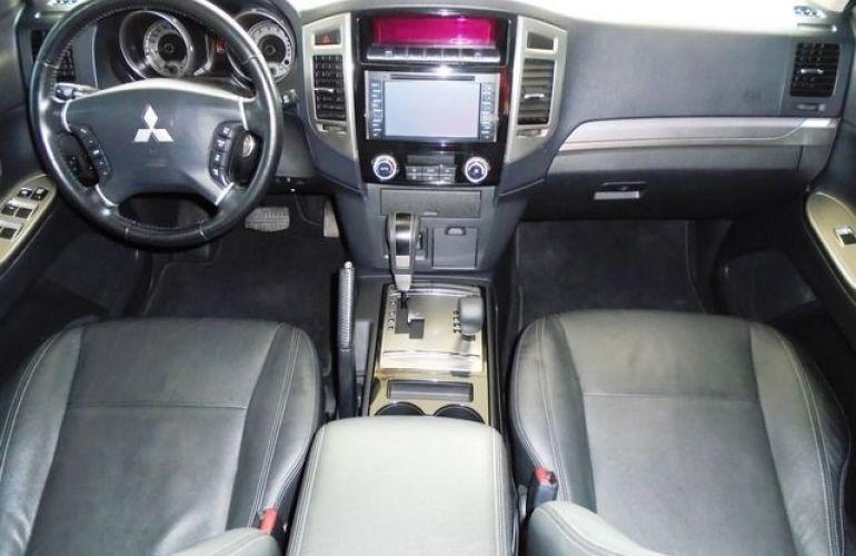 Mitsubishi Pajero Full HPE  DI-D 3D 4WD 3.2 16V - Foto #7