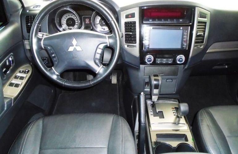 Mitsubishi Pajero Full HPE  DI-D 3D 4WD 3.2 16V - Foto #8