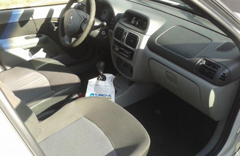 Renault Clio Hatch. Expression 1.0 16V (flex) - Foto #8