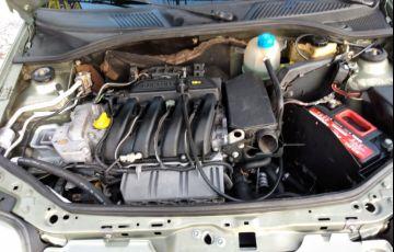 Renault Clio Sedan RT 1.6 16V - Foto #5