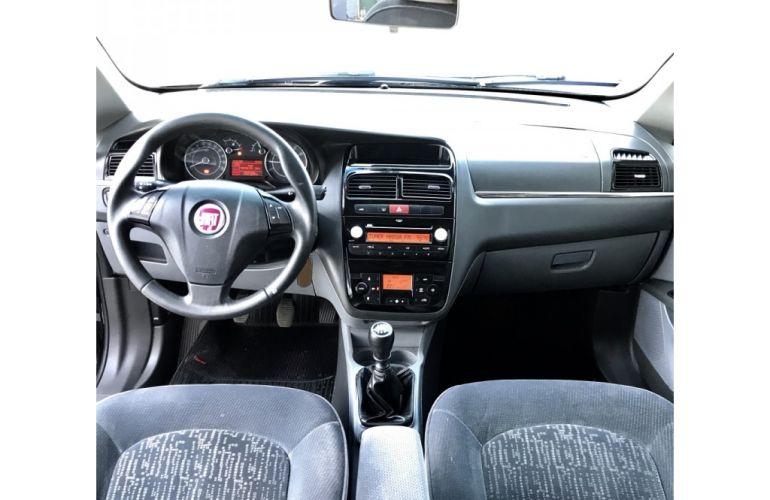 Fiat Linea HLX 1.9 16V (Flex) - Foto #6