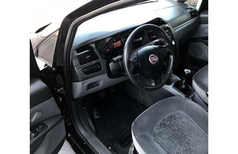 Fiat Linea HLX 1.9 16V (Flex) - Foto #9
