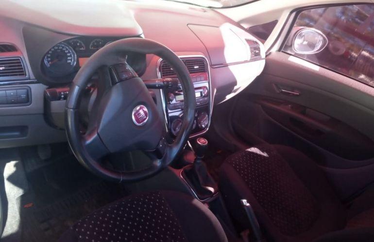 Fiat Punto HLX 1.8 (Flex) - Foto #6