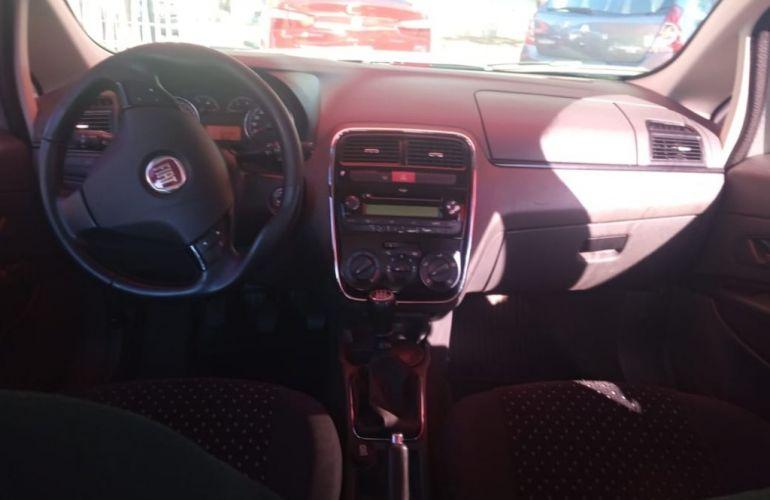 Fiat Punto HLX 1.8 (Flex) - Foto #8