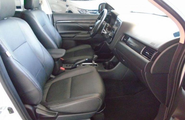 Mitsubishi Outlander 2.2 4x4 - Foto #5