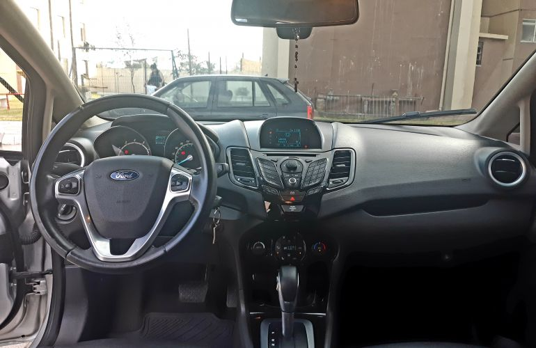 Ford New Fiesta Sedan 1.6 Titanium PowerShift (Flex) - Foto #6