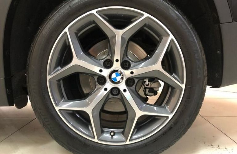 BMW X1 S Drive 20i X-Line 2.0 16V Turbo - Foto #7