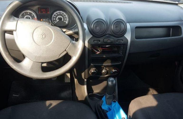 Renault Sandero Authentique 1.0 16V - Foto #4
