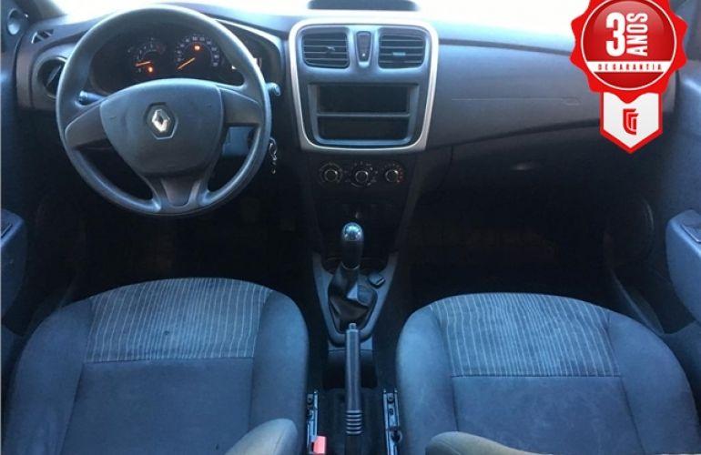 Renault Sandero 1.0 Authentique 16V Flex 4p Manual - Foto #2