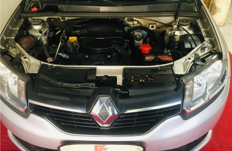 Renault Sandero 1.0 Authentique 16V Flex 4p Manual - Foto #7