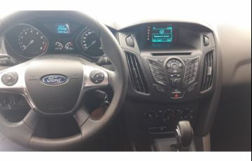 Ford Focus Hatch S 1.6 16V TiVCT PowerShift - Foto #8