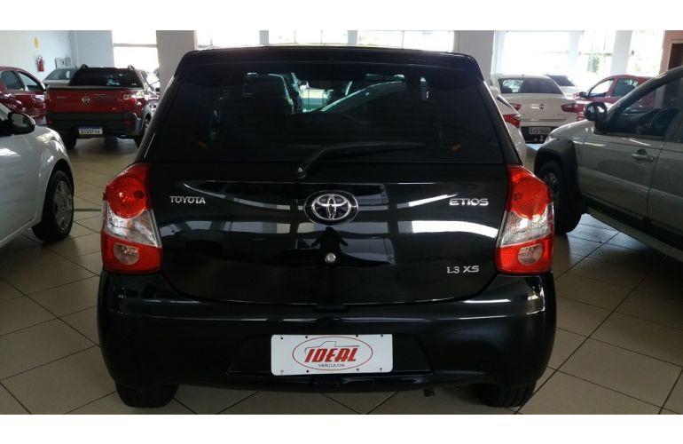 Toyota Etios XS 1.3 (Flex) - Foto #4