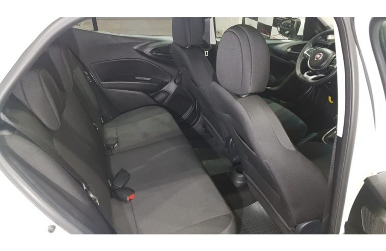 Fiat Argo 1.0 Drive - Foto #8