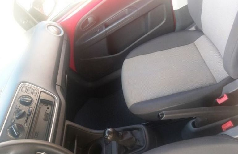 Volkswagen up! Take 1.0l MPI Total Flex - Foto #10