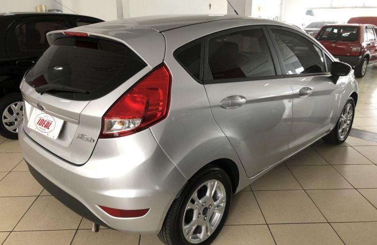 Ford New Fiesta Hatch SE 1.6 16V (Flex) - Foto #5