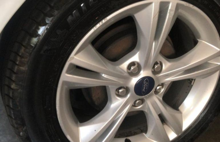 Ford Focus Sedan S 2.0 16V PowerShift (Aut) - Foto #1