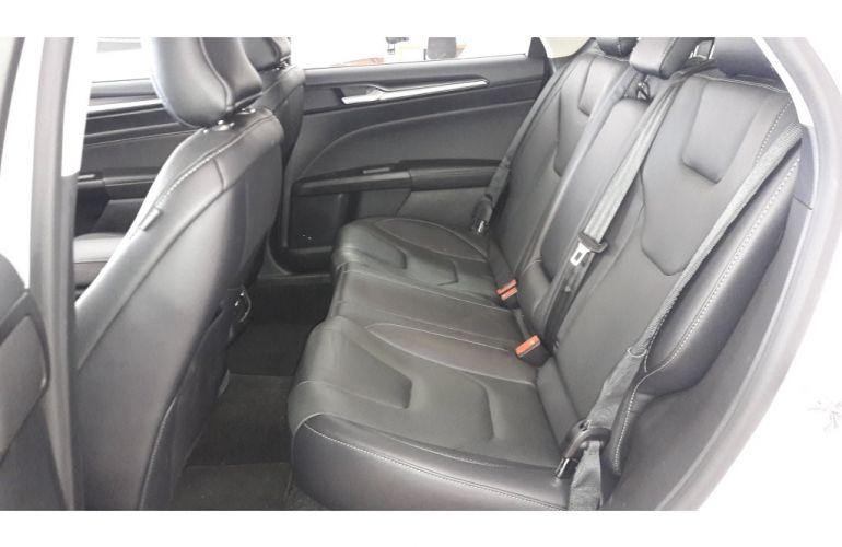 Ford Focus Fastback Titanium 2.0 PowerShift - Foto #10