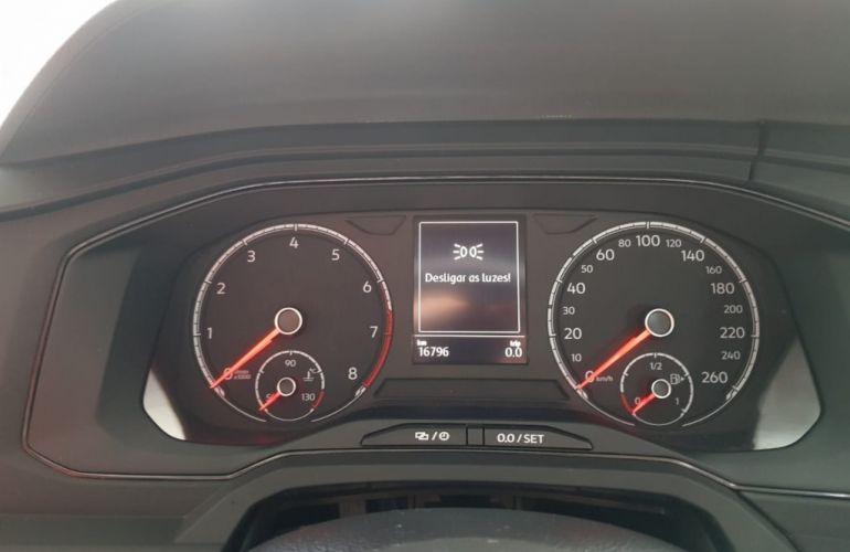Volkswagen Polo 1.6 MSI (Flex) - Foto #6