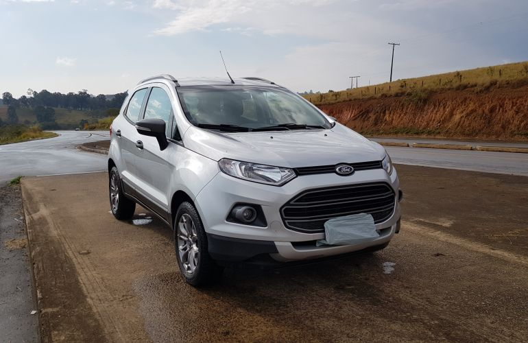 Ford Ecosport Freestyle 1.6 16V (Flex) - Foto #2