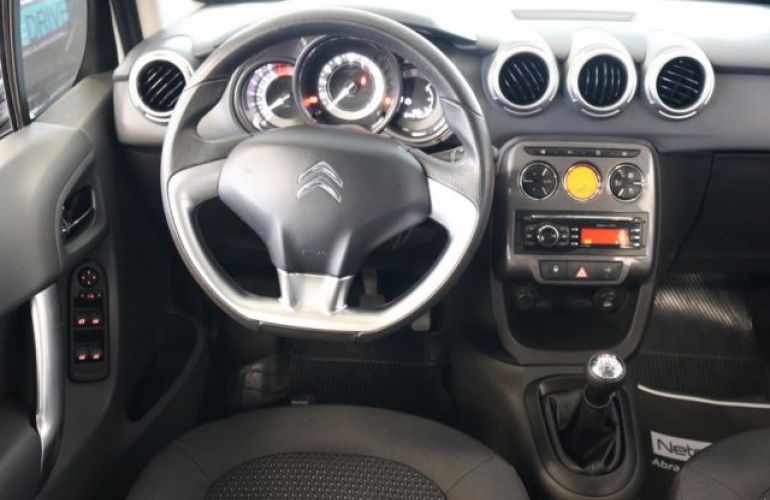 Citroën C3 Exclusive 1.5 8V (Flex) - Foto #8