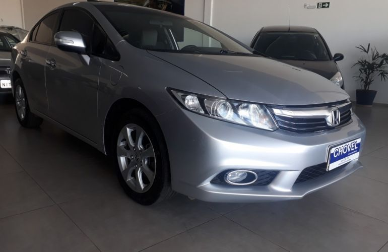 Honda New Civic EXS 1.8 (Aut) (Flex) - Foto #2