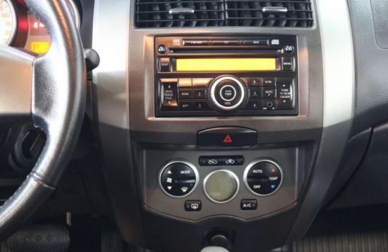 Nissan Grand Livina SL 1.8 16V (flex) - Foto #7