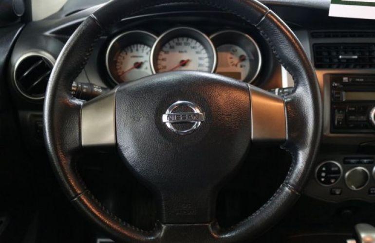 Nissan Grand Livina SL 1.8 16V (flex) - Foto #9