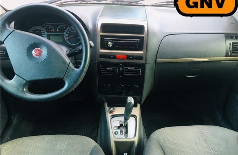 Fiat Palio 1.6 MPi Essence 16V Flex 4p Automático - Foto #3