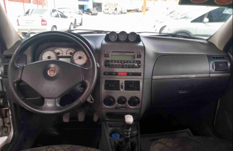 Fiat Weekend Adventure Locker 1.8 Flex - Foto #5