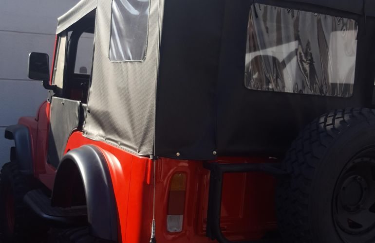 Jeep Wrangler 3.8 V6 - Foto #3